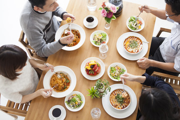 ★コロナ禍であっても、食事は家族と一緒に!★